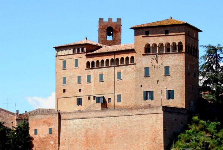 longiano castello