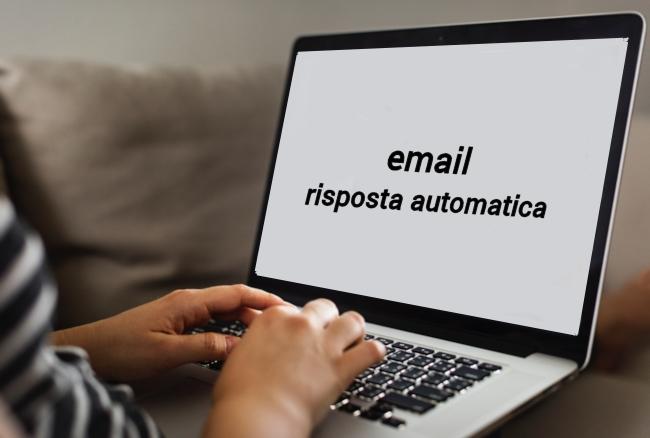 email risposta automatica