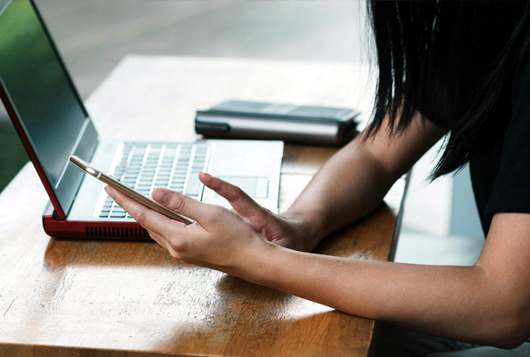 navigazione mobile desktop