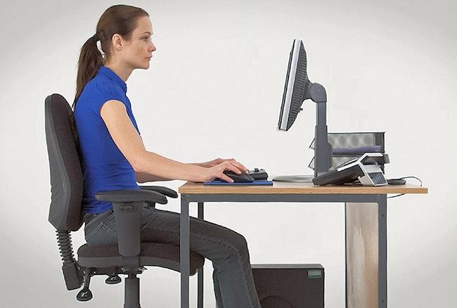 usare computer modo ergonomico